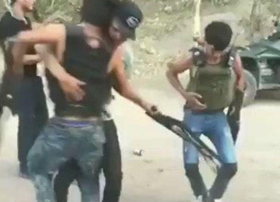 """Video, """"Entre balas, gritos y diversión"""", Jovenes Halconsillos empecherados del CDN se graban bailando y disparando mientras hacen vigilancia"""