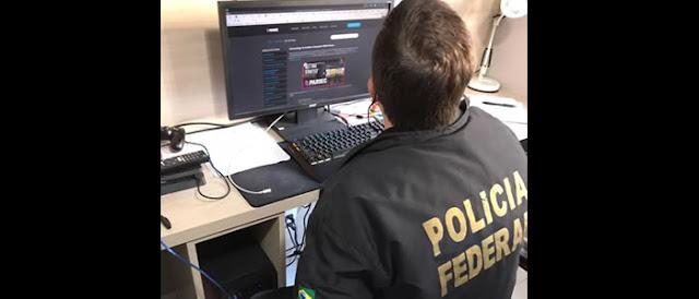 PF encontra Hacktivistas suspeitos de vazar dados de Bolsonaro e militares.