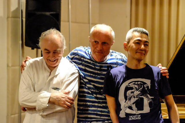 Naoki Kita, violin Guerino Mazzola, grand piano Heinz Geisser, drums and percussions  April. 2018