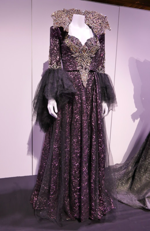 Lana Parrilla Once Upon a Time Evil Queen costume