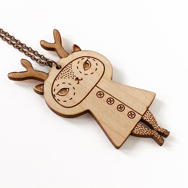 pendentif Cerf en bois