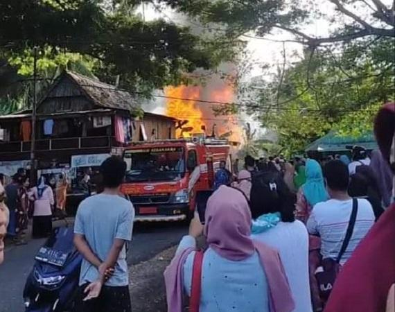 Kebakaran di Kelurahan Batangmata Selayar, Seorang Anak Jadi Korban dan Alami Luka Bakar