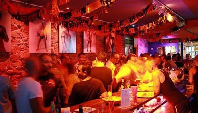 Dietrich Gay Teatro Café em Barcelona