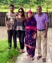 Toma Mirza Family Husband Son Daughter Father Mother Age Height Biography Profile Wedding Photos