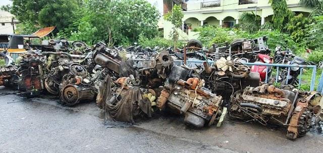 जबलपुर में बस एवं ट्रक के 26 इंजन, 2 चेचिस जप्त.. क्राईम ब्रांच एवं अधारताल पुलिस की कार्यवाही से हड़कंप, बड़े खुलासे की उम्मीद.. ट्रांसपोर्ट नगर स्थित नफीस खान की गोदाम पर दबिश.. 25 लाख कीमत के बस एवं ट्रक के इंजन, चेचिस जप्त..