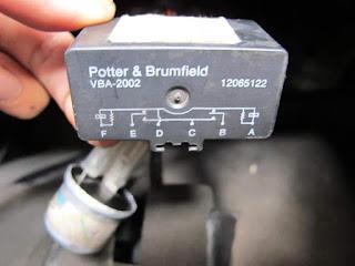 Door lock relay opel Chevrolet blazer