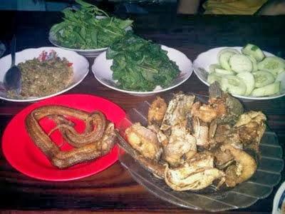 Rumah Makan Sambel Belut Pak Sabar Jogjakarta | Ragam Info ...