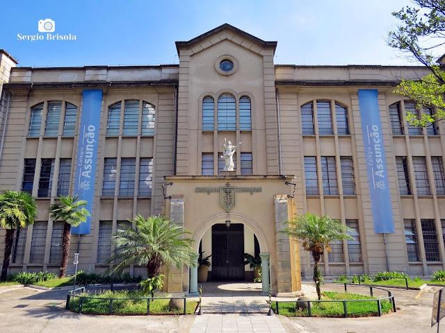 Vista ampla da entrada principal do tradicional Colégio Assunção - Jardim Paulista - São Paulo