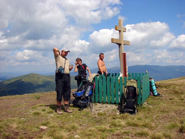 Высокие горы Украины. Вершина горы Догяска