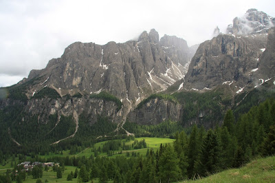 Val de Mezdi as seen from Passo Gardena.