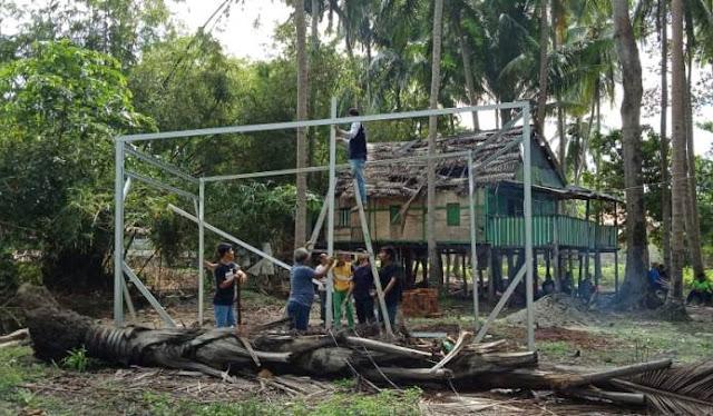 Janda Miskin 7 Anak Ini, Diberi Bantuan Rumah Layak Huni Oleh Bupati