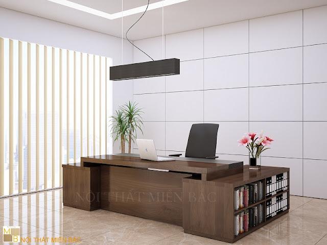 Chiếc bàn giám đốc hiện đại được đi kèm với 1 chiếc bàn phụ độc đáo chắc chắn sẽ là sự lựa chọn ưu ái nhất cho mọi không gian văn phòng giám đố