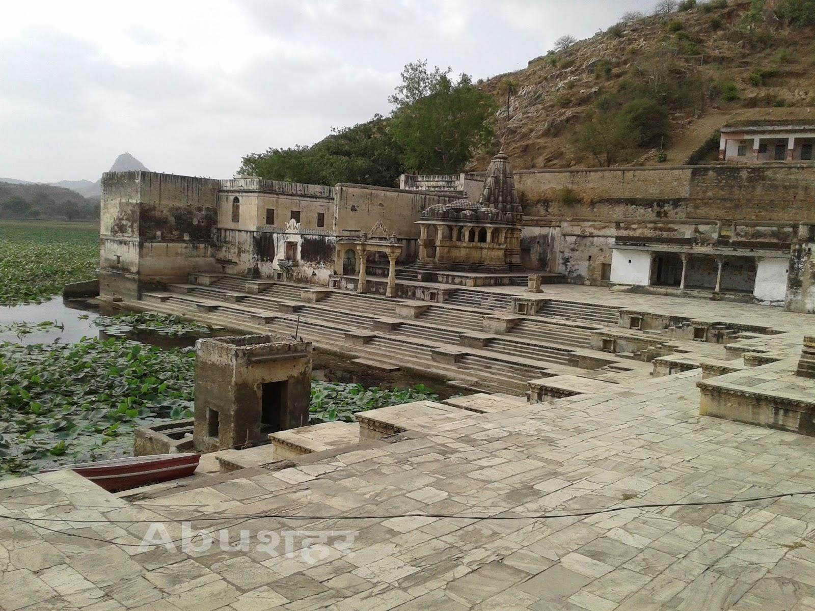 Image result for सन्त चतुरदास जी महाराज के मन्दिर