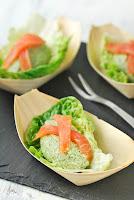 Quenelles de brócoli con salmón ahumado