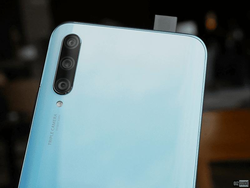 Triple-cam with pop-up cam