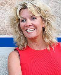 Helen Brady Husband,  Wikipedia, Biography, Age, Net Worth, Political Party, Family