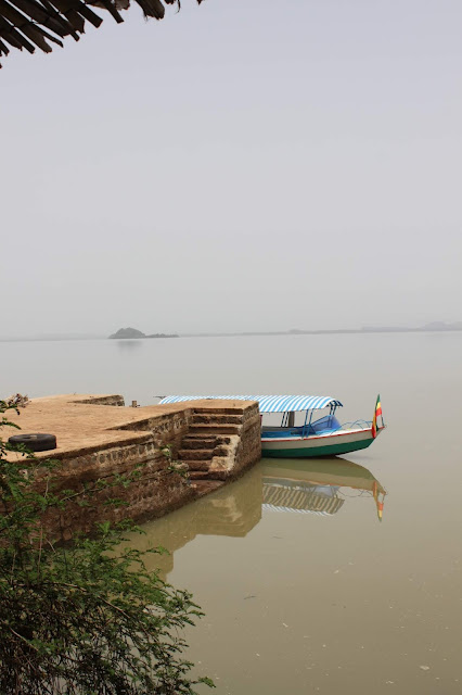 boat blue nile