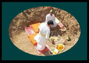 जानिए नए मकान की नींव रखते समय पूजा क्यों की जाती है? Janiye naye makaan ki ninv me puja kyo karte hai?