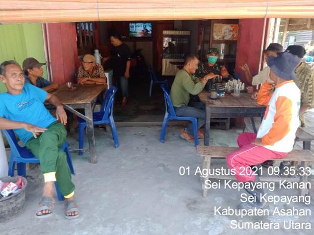 Bersama Dengan Warga Masyarakat, Personel Jajaran Kodim 0208/Asahan Laksanakan Komsos Diwilayah Binaan