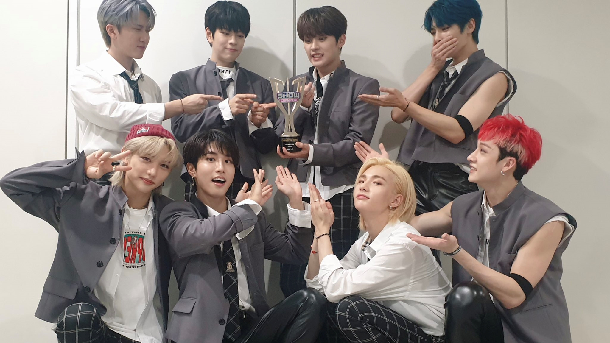 Stray Kids Takes Home the 1st Trophy for The Song 'Back Door', Congratulations!