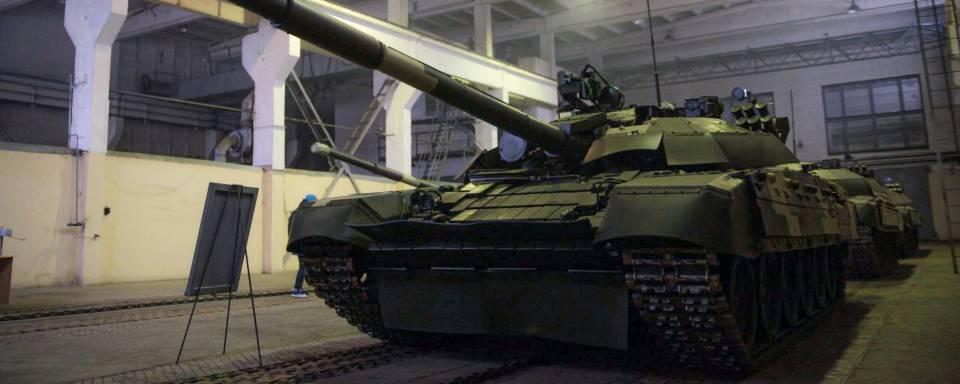 Три десятки танків за три місяці