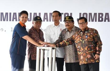 Tegaskan Tak Akan Tunda Pembangunan Infrastruktur, Ini Penjelasan Presiden Jokowi