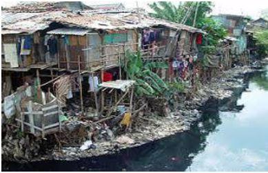 Gambar Pencemaran air karena sampah - Sumber: environmental-damage.blogspot.com