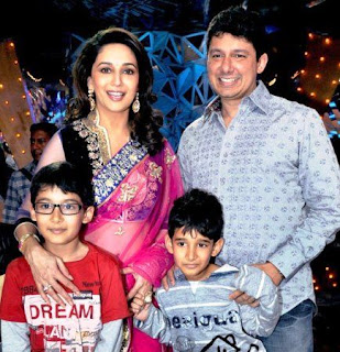 Madhuri Dixit, Biography, Profile, Biodata, Family , Husband, Son, Daughter, Father, Mother, Children, Marriage Photos.