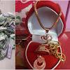 Inspiratif banget! Berhenti Merokok Satu Tahun, Pria Ini Berhasil Belikan Berbagai Perhiasan untuk Istrinya