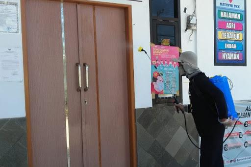 Gugus Tugas Covid-19 Lau Maros Penyemprotan Disinfektan di Kelurahan dan Desa