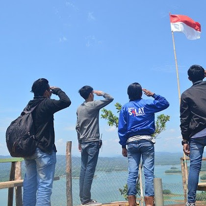 Indonesia butuh pemuda!