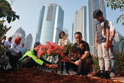Anies Tanam 100 Ribu Pohon di Sepanjang Sudirman, Mampu Kurangi Polusi?