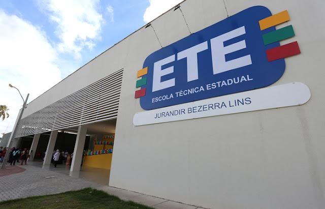 Estão abertas mais de 15 mil vagas em cursos técnicos presenciais e EAD, na Rede Estadual de Pernambuco