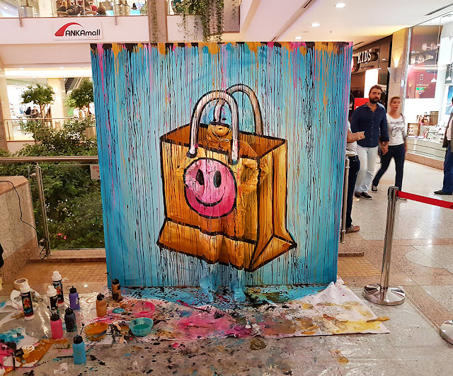 Flesh and Acrylic - Body Painting - Ben Heine Art - Ankamall Live Performance - Shopping Bag