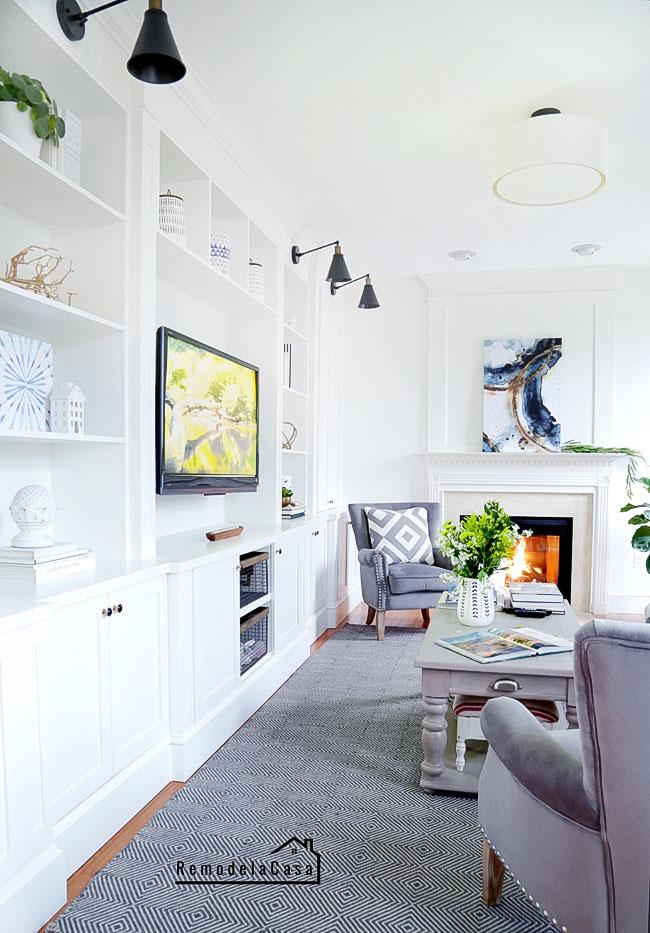 DIY - entertainment center in family room