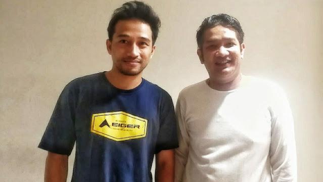Bayu Lesmana bersama Rulli Aryanto, Owner and Founder Indonesia Records.