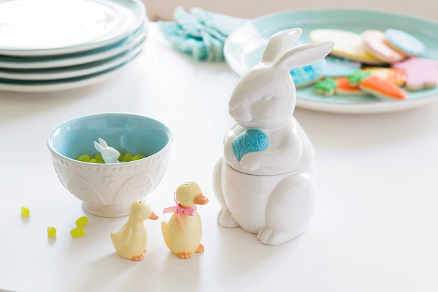 Hallmark Easter Ceramic Bunny Bowl and Jar, Salt and Pepper Set