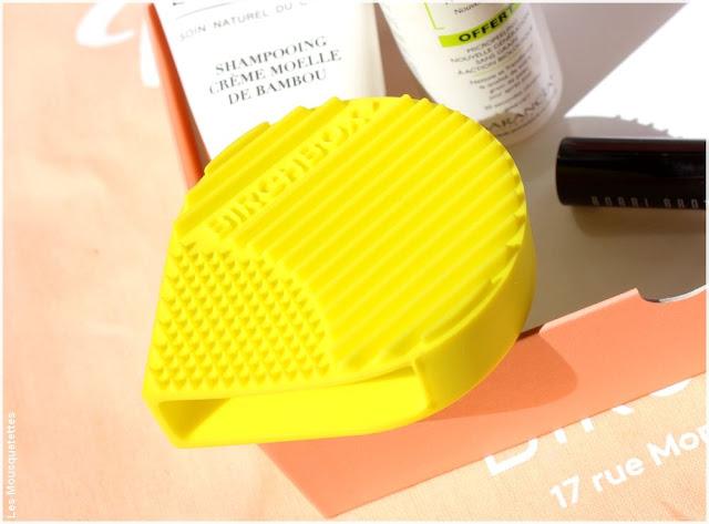 La Fabrique à box beauté Birchbox - Accessoire nettoyant pinceaux - Boutique Paris - Blog beauté