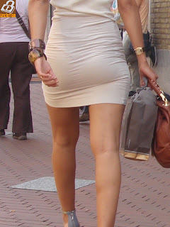 sexy-business-woman-tight-dress
