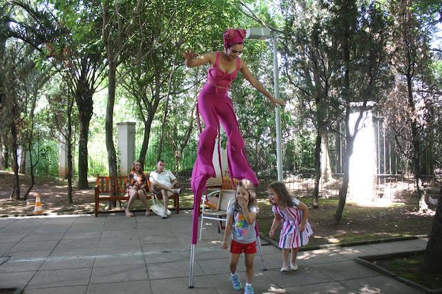 Apresentação com circo para evento em escola em Sp.