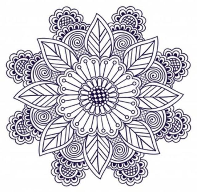 زخرفة مزينة بفن الزنتانجل zentangle