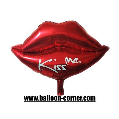 Balon Foil Bibir KISS ME