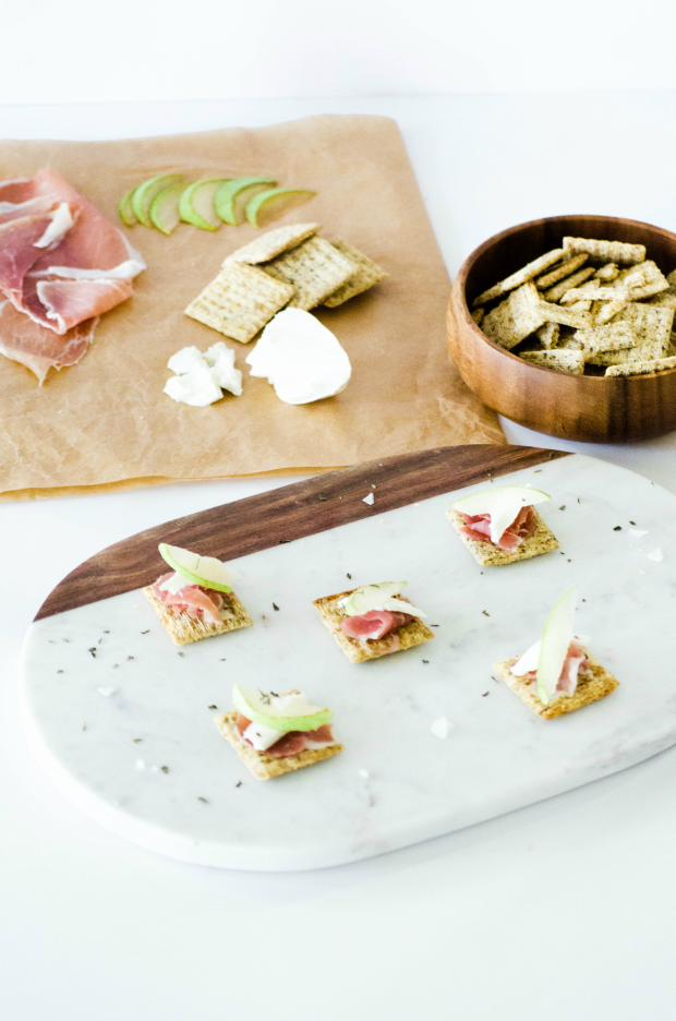 triscuit-crostini-appetizer