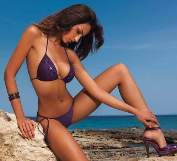 Best Nude Italian Moore Images