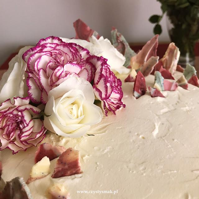 Tort z rubinową czekoladą