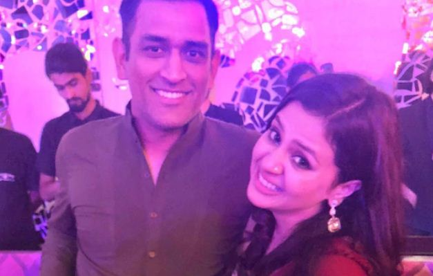 """""""Proud Of Your Accomplishments"""": Wifw Sakshi's  Post  After Dhoni's Retirement"""