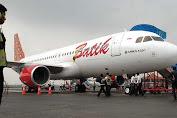 Akibat Cuaca Buruk Batik Air Batal Mendarat di Bandara Sam Ratulangi