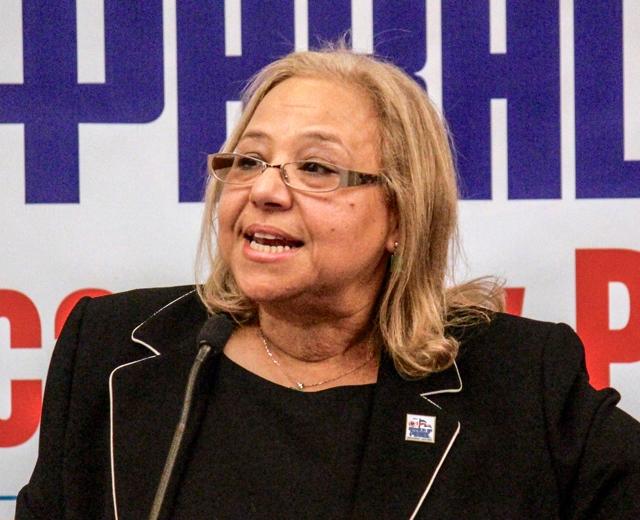 La empresaria María Khury, presidenta de la Parada Dominicana de El Bronx