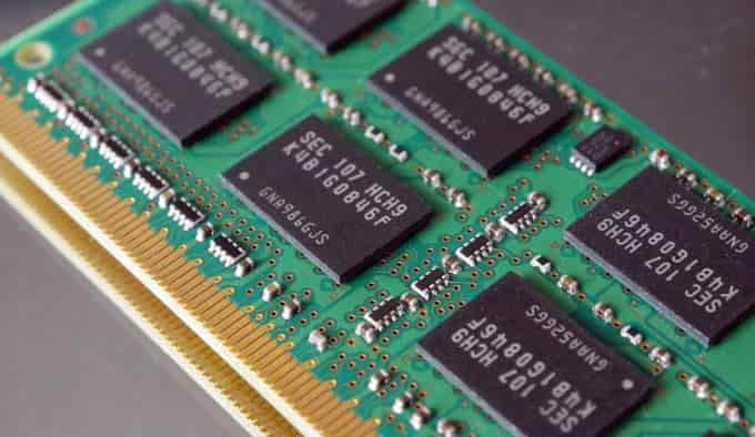 what are the types of computer memory,computer memory units