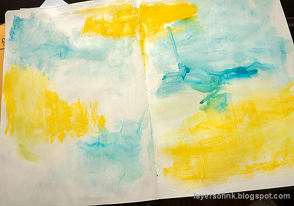 Layers of ink - Mixed Media Art Journaling Tutorial by Anna-Karin Evaldsson. Paint with Distress Paint.